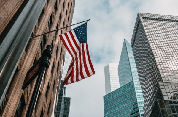 Что такое ставка ФРС. Как она влияет на американский фондовый рынок
