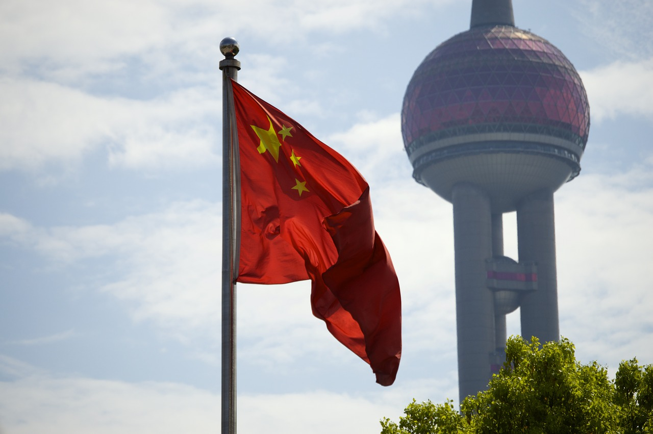 Китайский рынок акций очевидно недооценен. Аналитики советуют покупать