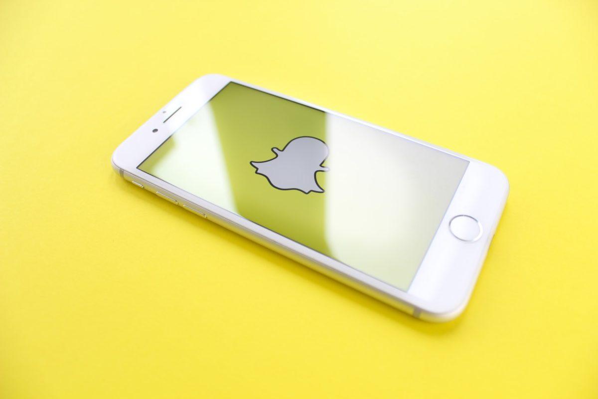 Соцсети бьют рекорды. Акции Snap подорожали на 22%, а Facebook прибавил почти 10%