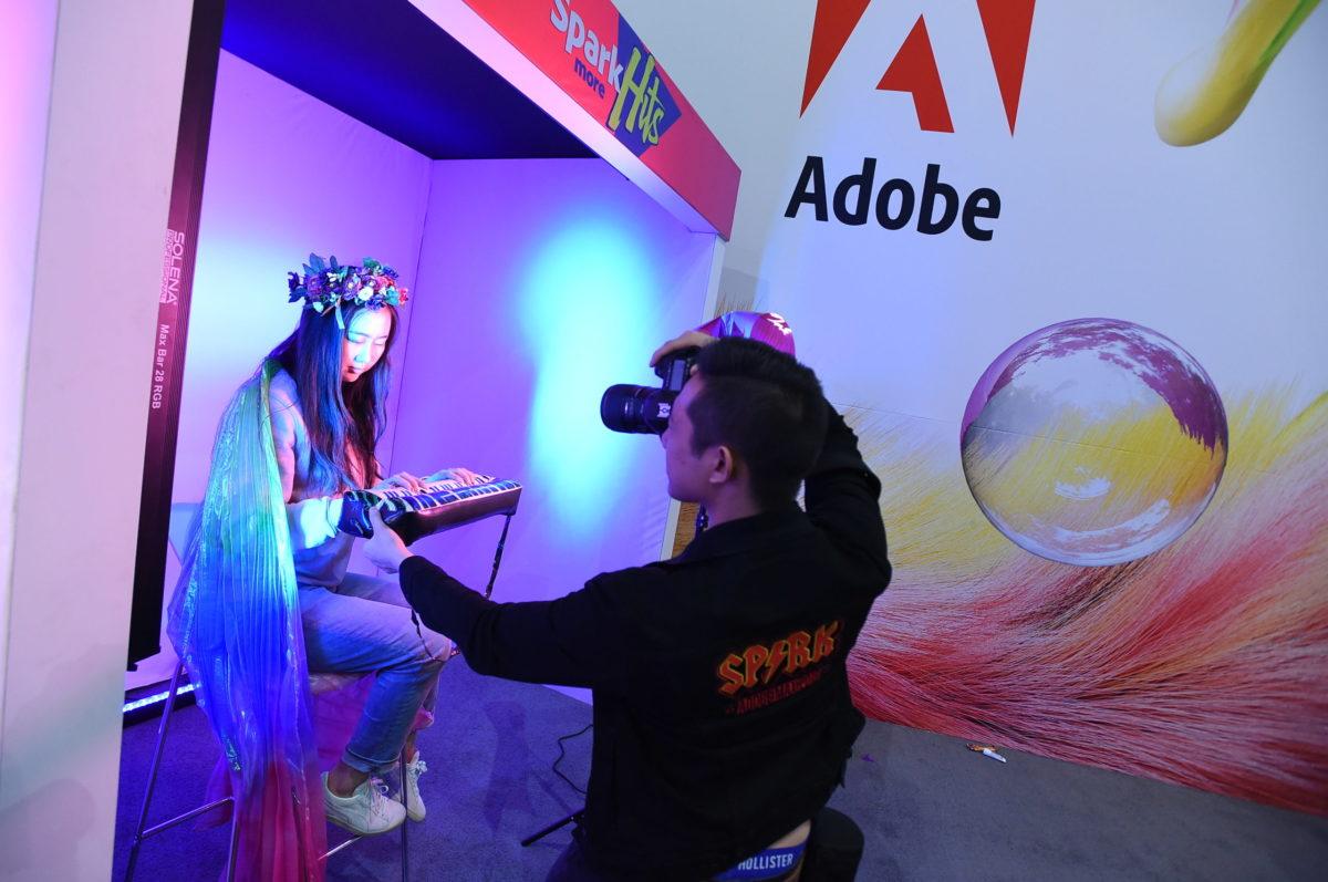 Adobe упал. Софтверный гигант торгуется на минимумах за месяц