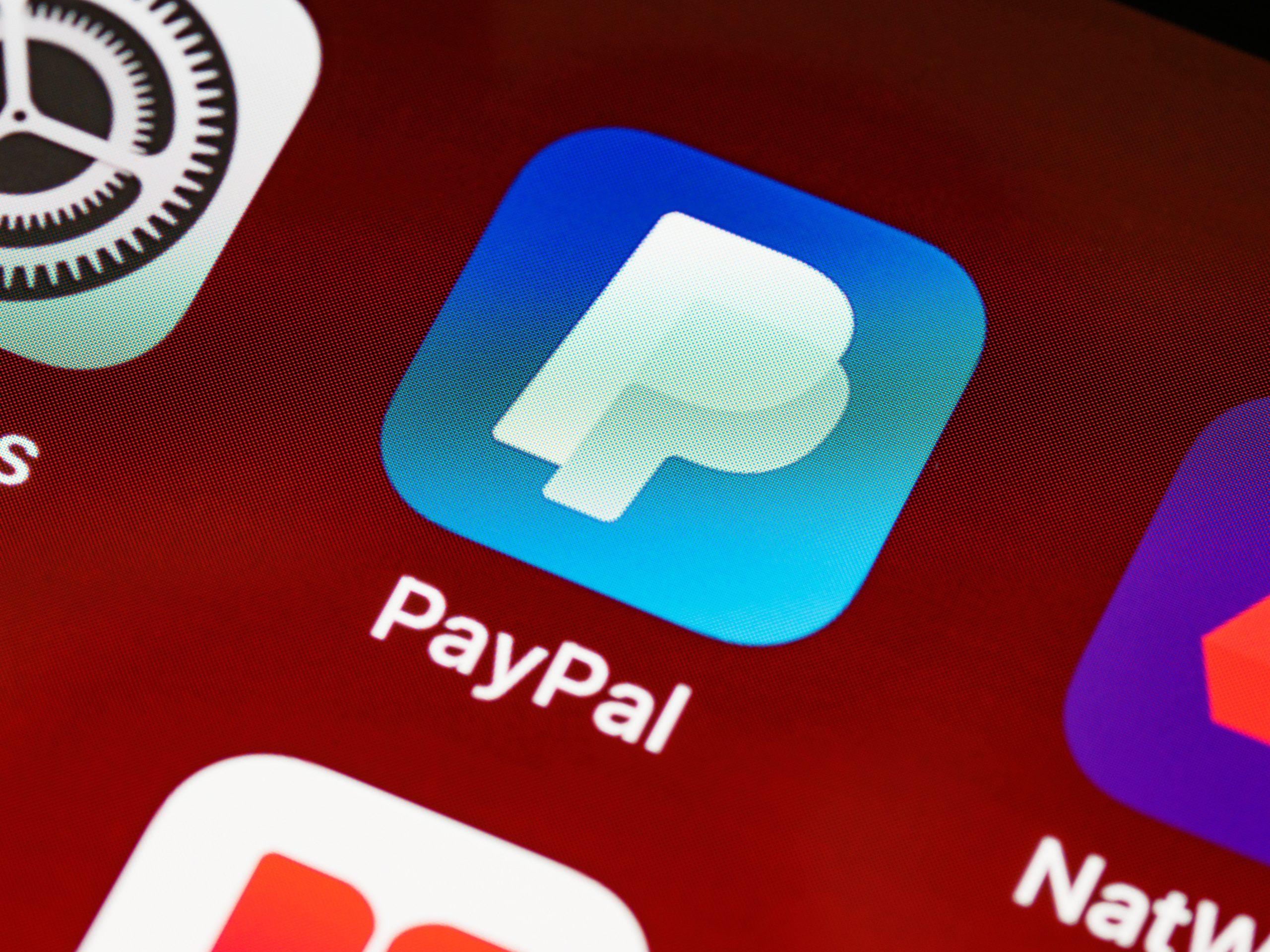 PayPal начнет торговать акциями. Компанию вдохновил успех Robinhood, которого похоже ждут неприятности